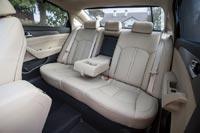 На заднем сидении просторно пассажирам любой комплекции