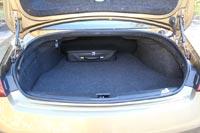 Объем багажника всего 342 л, для спортивных сумок хватит