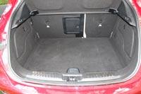 Багажный отсек достаточно вместительный и удобный