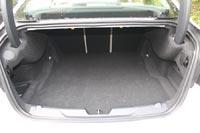 Объем багажника - 455 литров