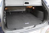 Объем багажника 412 л