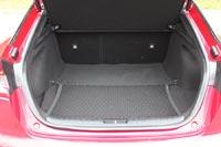Объем багажника 406 л