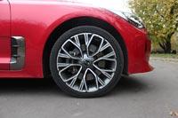 В комплектации GT-Line 19-дюймовые колесные диски