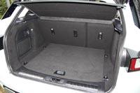 Багажник небольшой, но удобный по форме