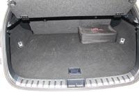 Объем багажника 475 л
