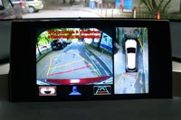 Система кругового обзора помогает на парковке