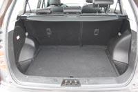 Объем багажника - 419 л
