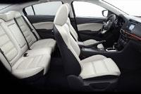 Интерьер седана Mazda6 третьего поколения