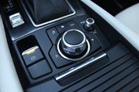 Обновленная Mazda6 получила электронный ручник