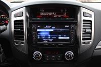 Аудиосистема Pajero унифицирована с другими моделями Mitsubishi