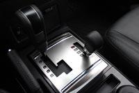 Фирменная система полного привода Mitsubishi Super Select 4WD имеет четыре режима работы