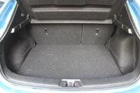 Объем багажного отсека у версий, оснащенных «докаткой», больше на 49 л