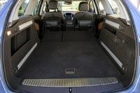 Объем багажника остался таким же как и у прежней Astra Caravan.
