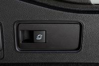 Система FlexFold позоляет сложить спинки сидений нажатием двух клавиш