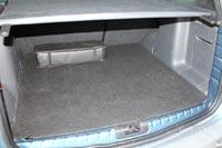 Объем багажника 408 л