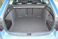 Объем багажника 610 л
