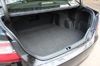 Багажник радует мягкой отделкой