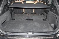 Со сложенным последним рядом кресел багажник один из самых больших в классе