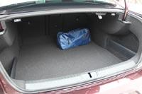 Багажник огромный и грамотно скомпонован